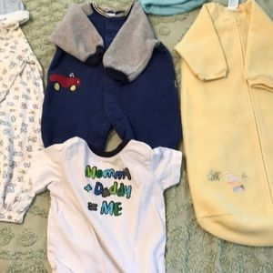 Lot of 0-9 months Baby Clothes 13 Pieces